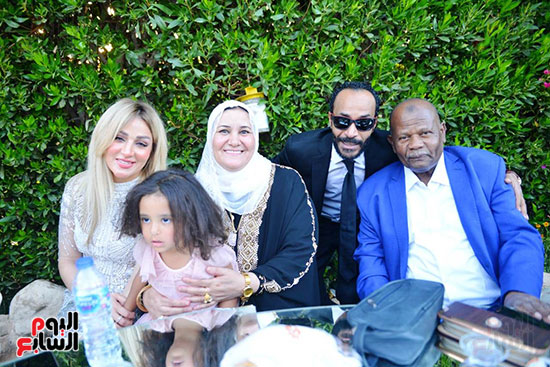 محمد رمضان يحتفل بحفل زفاف شقيقته (19)