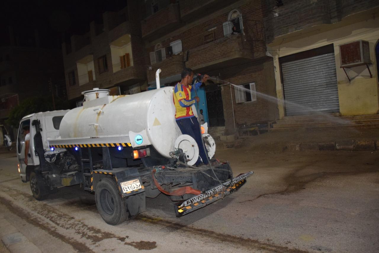 حملات النظافة والرش والتعقيم بالشوارع والميادين