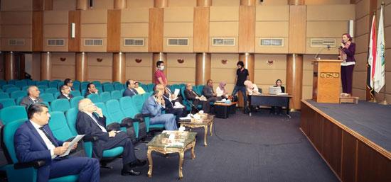 وزراء البيئة والإنتاج الحربي والتنمية المحلية (2)