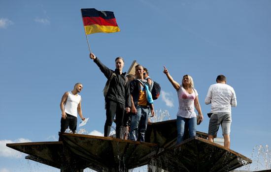 متظاهرون فى ألمانيا