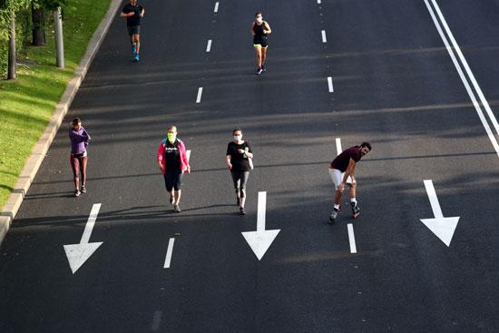 ممارسة الرياضة بشوارع مدريد