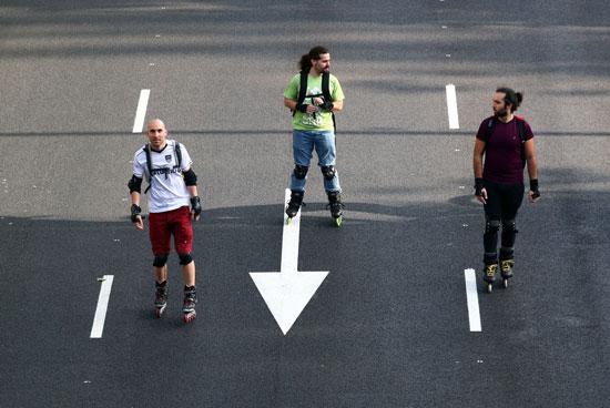التحرك بالباتيناج بشوارع مدريد