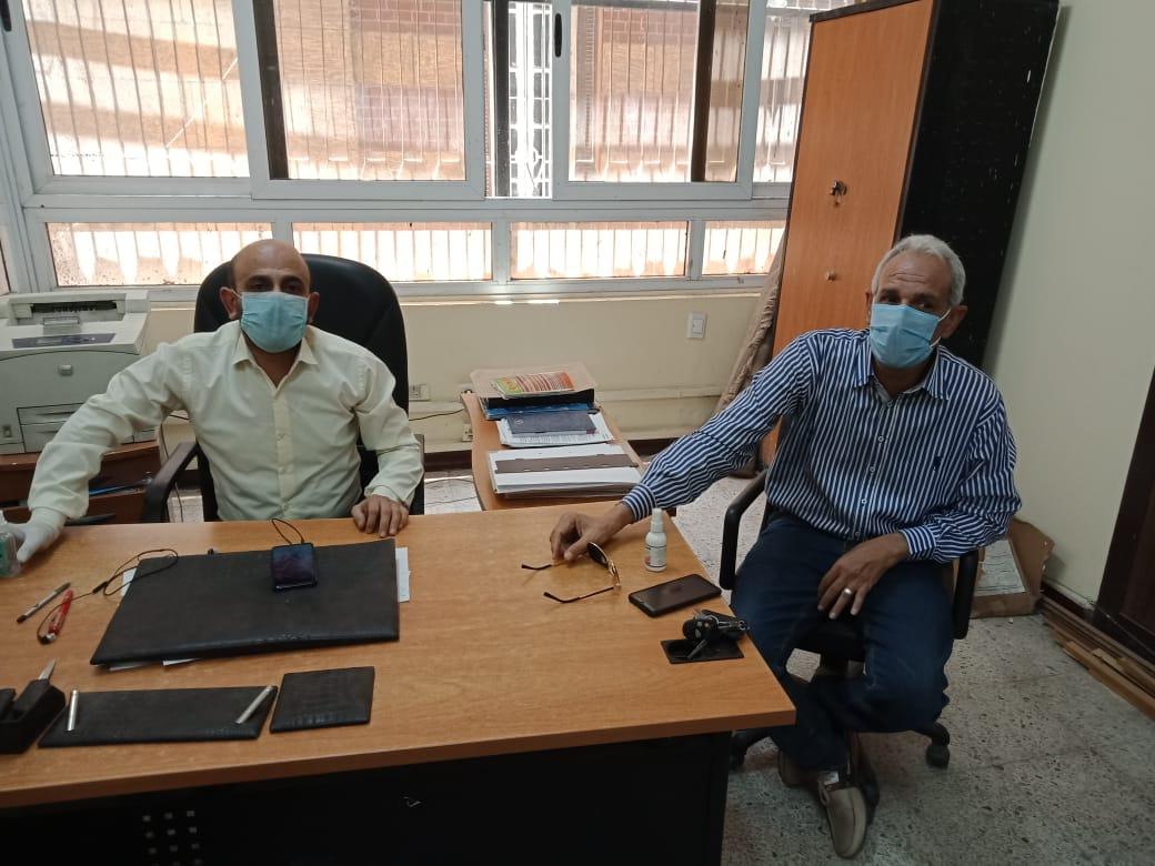 مكاتب الشهر العقاري بأسيوط تستقبل المواطنين (2)