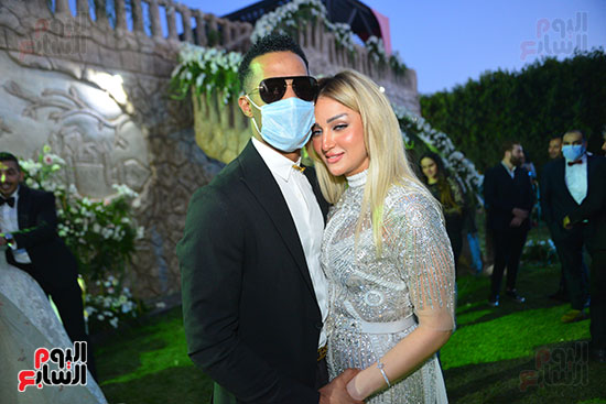 محمد رمضان وزوجته