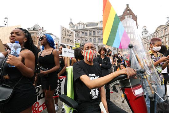 المتظاهرون