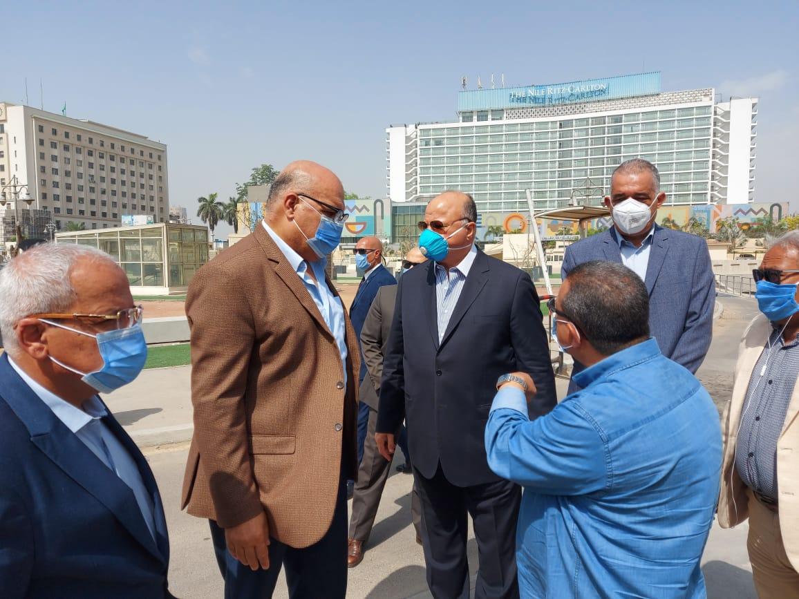 محافظ القاهرة يتفقد ميدانى التحرير ورمسيس (6)