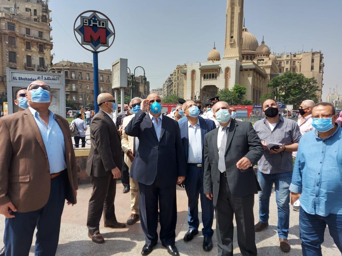 محافظ القاهرة يتفقد ميدانى التحرير ورمسيس (3)