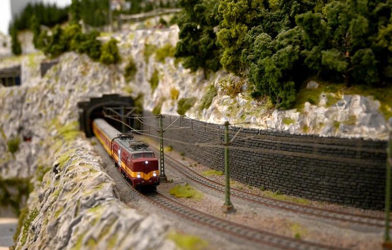 173-190746-croatia-zagreb-trains-6
