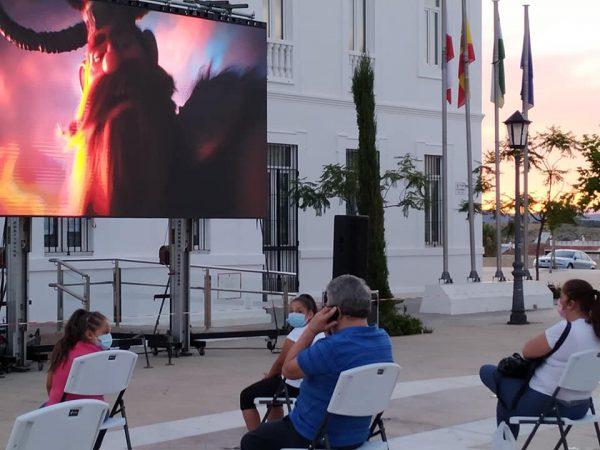 فيلم كارتونى فى اول عروض السينما الصيفية باسبانيا