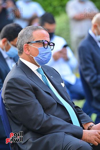 أشرف صبحى  خلال المؤتمر الصحفى (11)