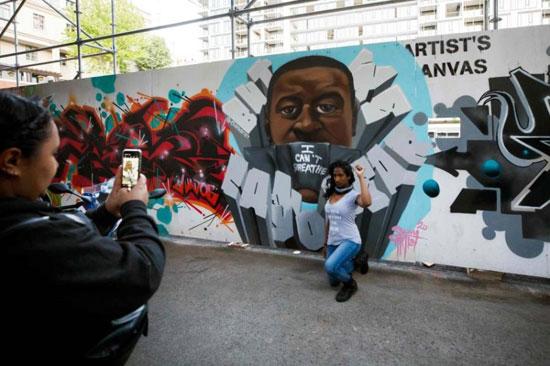 جداريات في تورونتو ضد العنصرية (3)