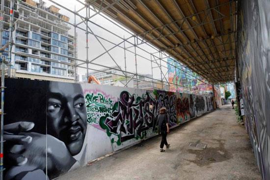 جداريات في تورونتو ضد العنصرية (10)