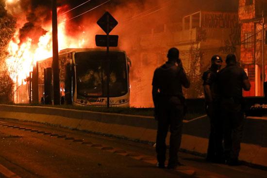 قوات الأمن البرازيلى تصل إلى منطقة الاحتجاجات