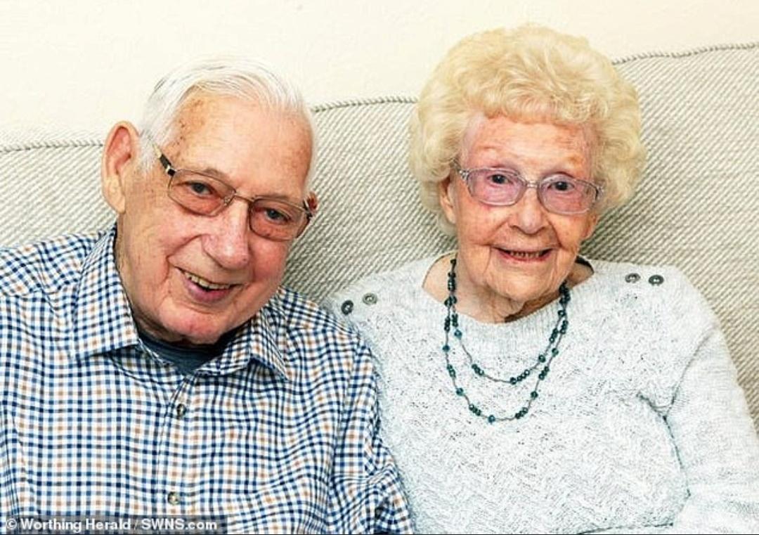 الزوجان قبل وفاتهما