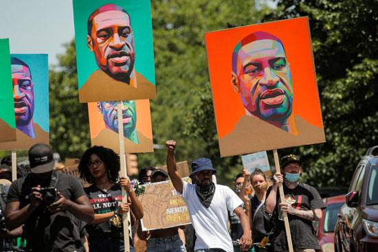 احتجاجات على مقتل فلويد