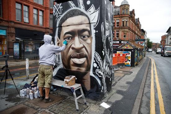 جدارية لجورج فلويد فى بريطانيا