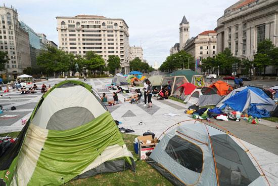 المتظاهرون فى واشنطن