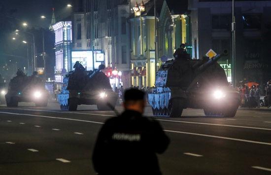 بروفات العرض العسكرى لاحتفالات روسيا بعيد النصر