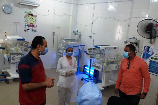 وكيل صحة سوهاج يتفقد مستشفى العسيرات  (1)