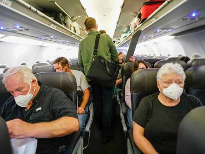 داخل الطائرة