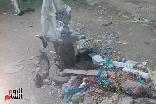 بلوعات صرف صحي مفتوحة تنذر بكارثة بشوارع المحلة (5)