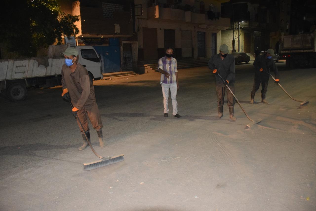 تجميل شوارع الأقصر فى حملات ليلية