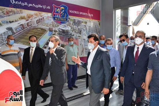 انتهاء تنفيذ مشروعات بالمنطقة اللوجستية (7)