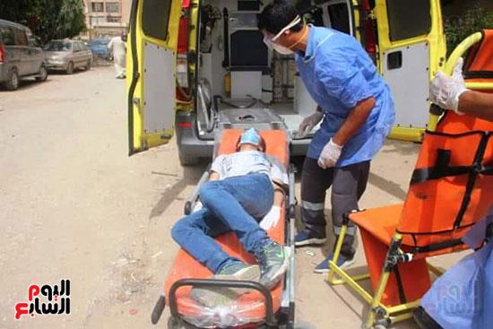 نقل طالب لمستشفى العزل للاشتباه فى إصابته بكورونا (5)