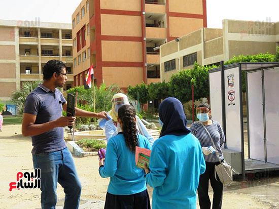 طلاب الثانوية العامة (6)