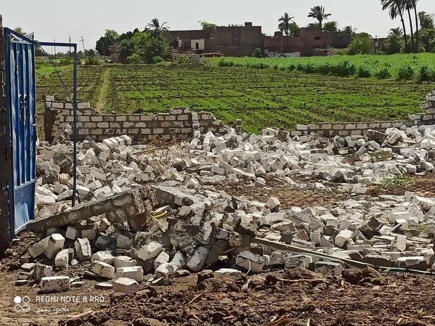 إزالة تعديات على الاراضي الزراعيةبكوم امبو   (9)