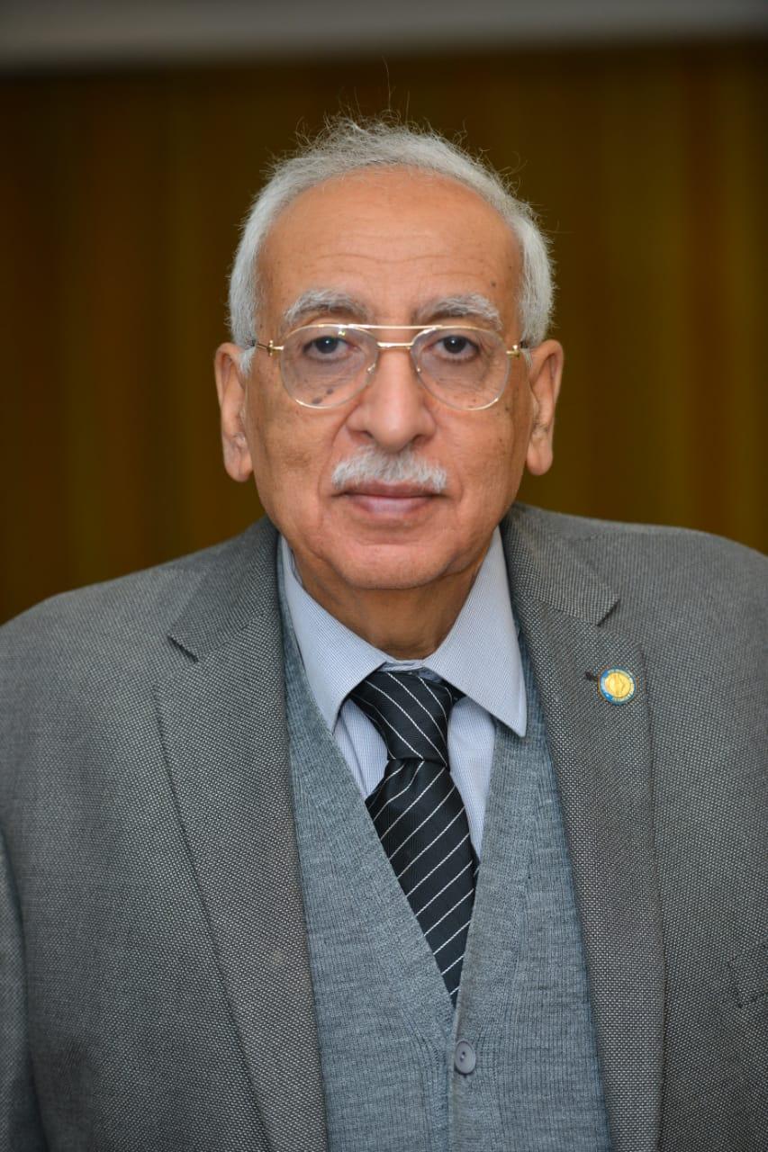 بجامعة مصر للعلوم والتكنولوجيا  (3)