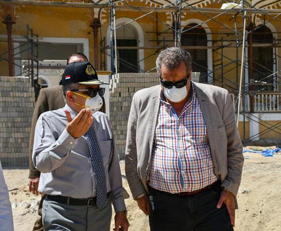 الفريق أسامة ربيع يتفقد مشروع متحف قناة السويس  (6)