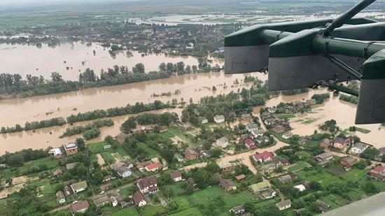 فيضانات تضرب مدينة إيفانو فرانكيفسكا