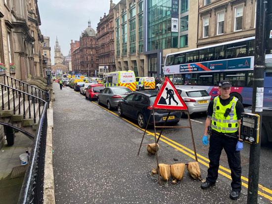 انتشار الشرطة البريطانية بموقع الحادث
