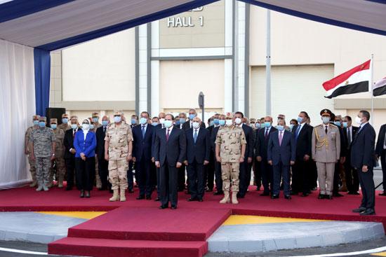 ننشر صور تفقد الرئيس السيسى تجهيزات القوات المسلحة للعزل الصحى (2)