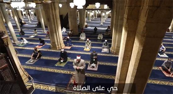 إقامة الصلاة فى الجامع الأزهر