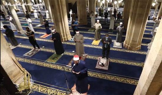 أول صلاة فى الجامع الأزهر  بعد قرار فتح المساجد