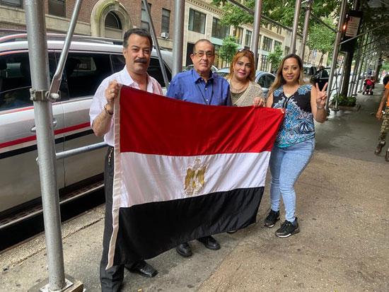 الجالية المصرية بنيويورك تحتفل بذكرى ثورة 30 يونيو أمام الأمم المتحدة (10)