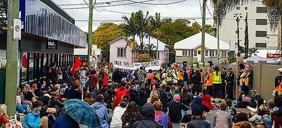 مسيرات المتظاهرين