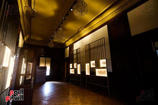 قاعه عرض اللوحات فى القصر