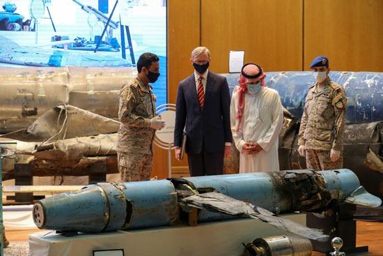المتحدث باسم قوات التحالف باليمن ووزير الدولة للشئون الخارجية والممثل الامريكى الخاص بايران
