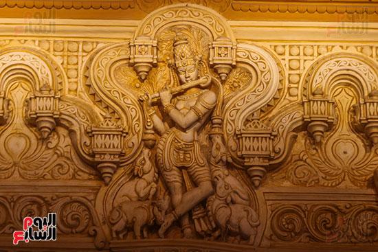 الفن المعماري داخل القصر