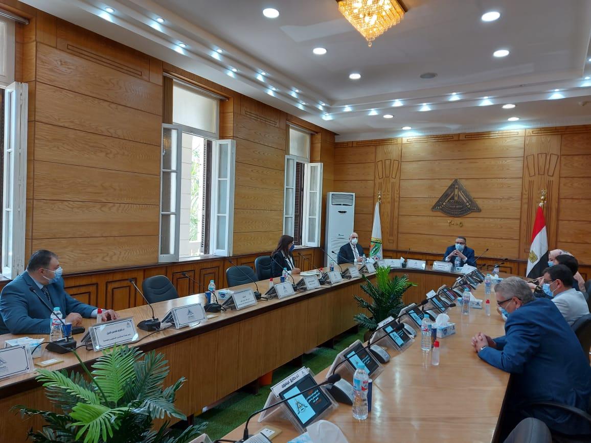 مجلس جامعه بنها (3)