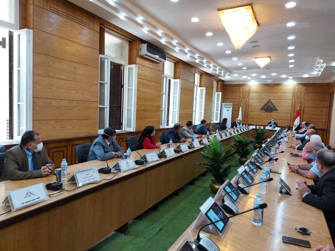 مجلس جامعه بنها (5)