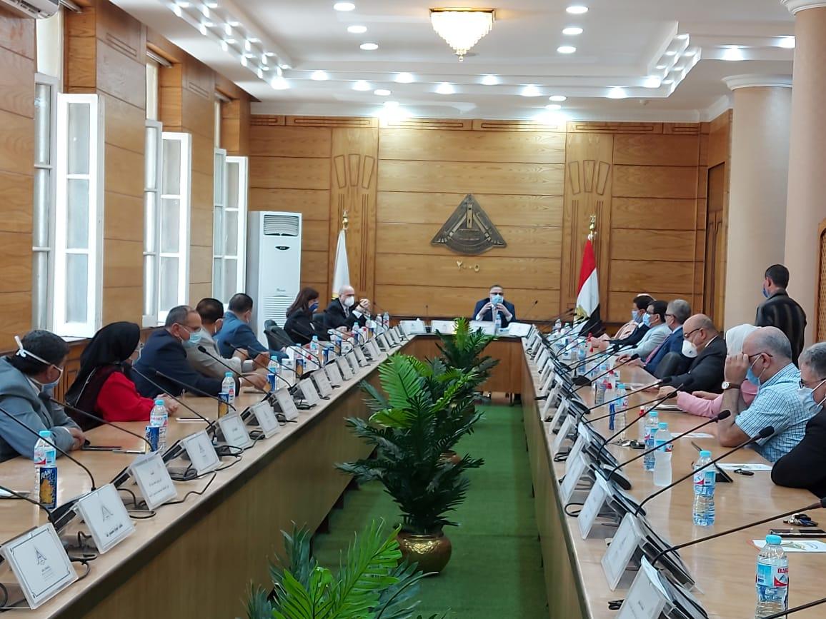 مجلس جامعه بنها (2)