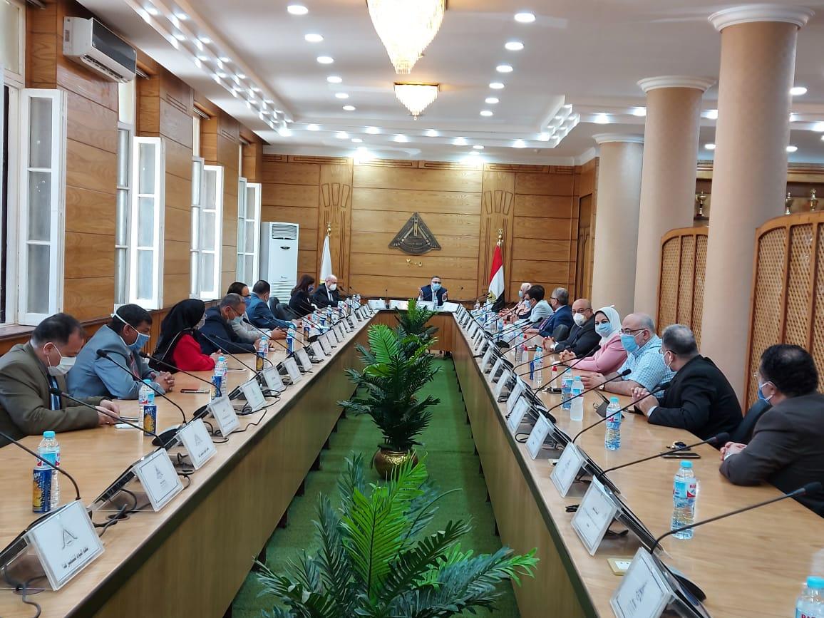 مجلس جامعه بنها (6)