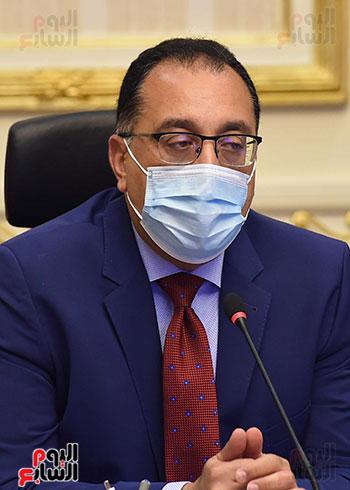 الدكتور مصطفى مدبولى يترأس اجتماع الحكومة بالفيديو كونفرانس