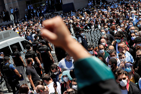 تظاهر المحاميين فى اسطنبول