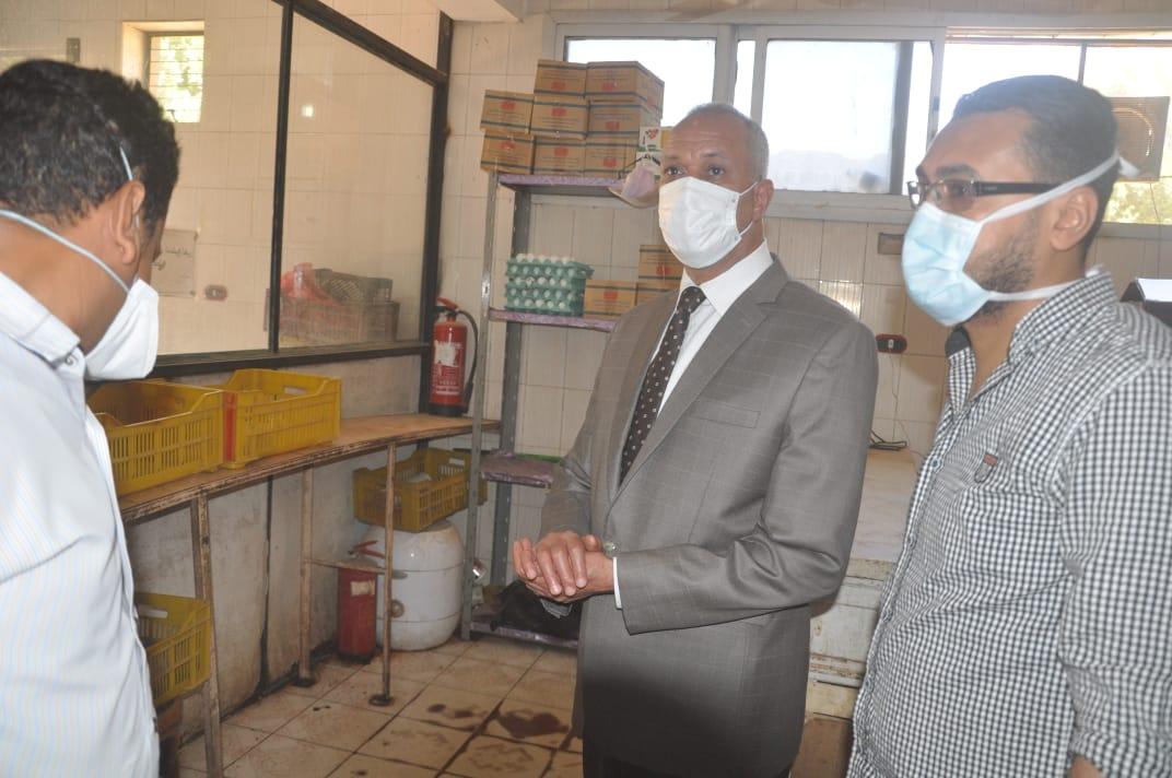 السكرتير العام خلال زيارته الميدانية للمستشفى  (7)