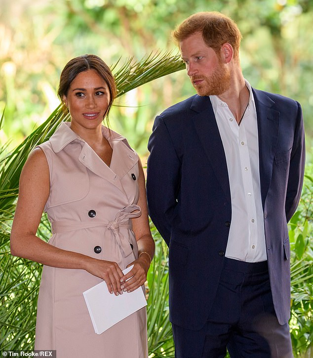 30010254-8473871-Meghan_Markle_pictured_in_October_2019_with_Prince_Harry_realise-a-1_1593509743645